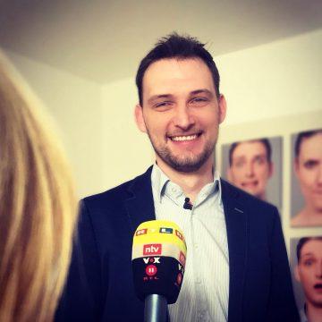 Der Bachelor Körpersprache Analyse Robert Körner